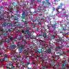 Roze glittermix in verschillende kleuren, maten en vormen glitter