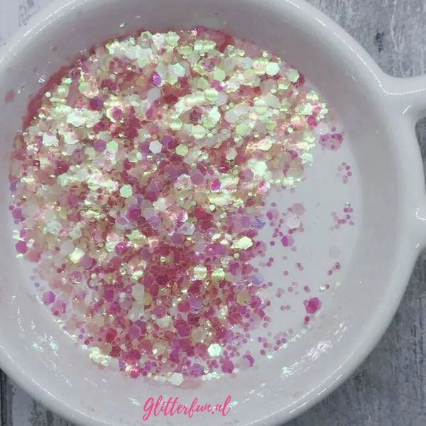Roze transparant hexagon glitter - 1-3 mm