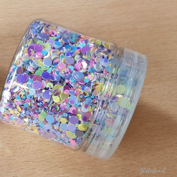 pastel glittermix in een pot