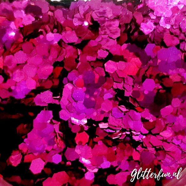 Fuchsia grote glitter – 1-3 mm