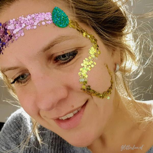 Voorbeeld Rapunzel glitter, goud paars groen glitter