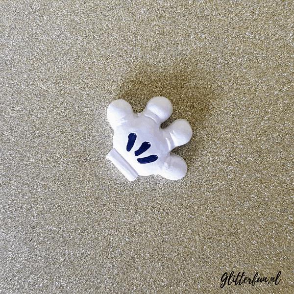 Mickey Minnie handje van hars