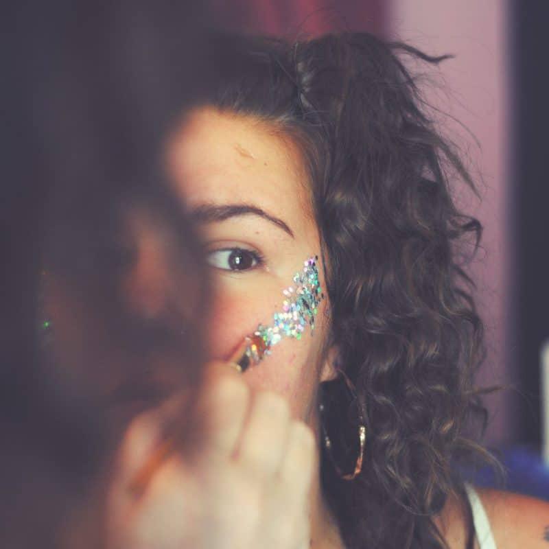 glitters aanbrengen afbeelding